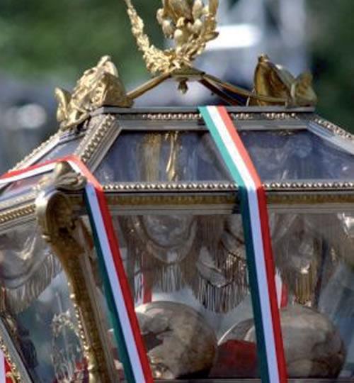 Restauran restos de héroes de la Independencia para la posteridad
