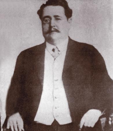 Homenaje a Heriberto Frías
