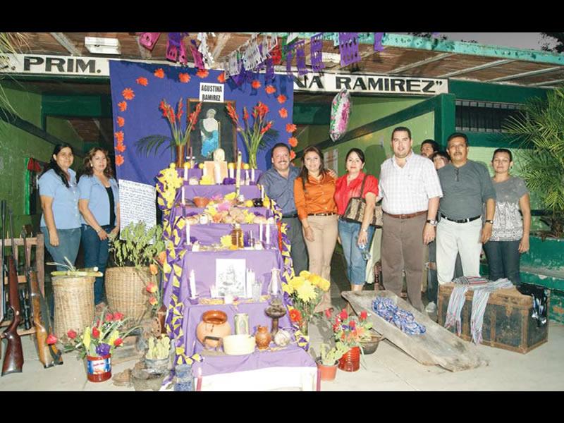 Los altares del Día de Muertos, tradición que sigue viva en Mocorito