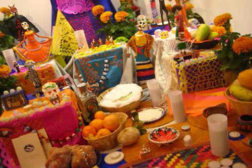 Tradicional Concurso de Altares de Muertos Tecmilenio
