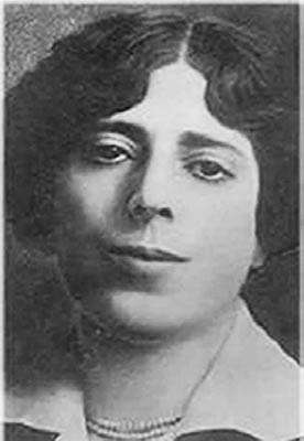 María Enriqueta, a los 45 Años de su Adiós