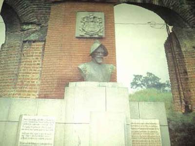 """El Enigmático """"Bernal Diaz del Castillo"""""""