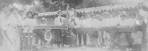 Semblanza de los hermanos Marin, marimbistas de la orquesta tipica