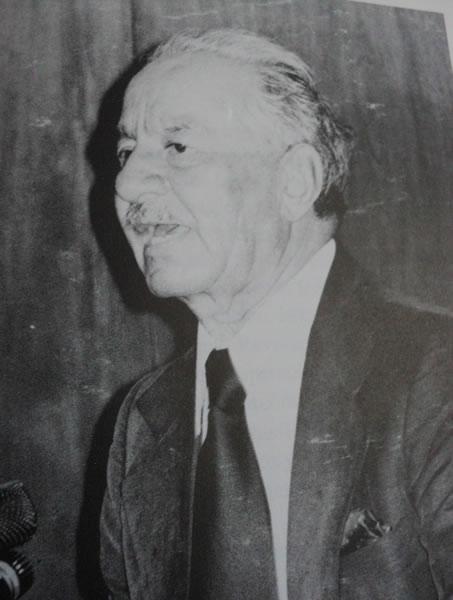 El hijo de Ixhuatán, Andrés Henestrosa Morales (1906-2008). Al septimo aniversario de su muerte.