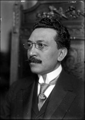 El acta de nacimiento del Dr. Enrique González Martínez