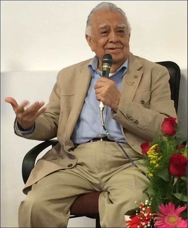 El maestro Jorge Cázares