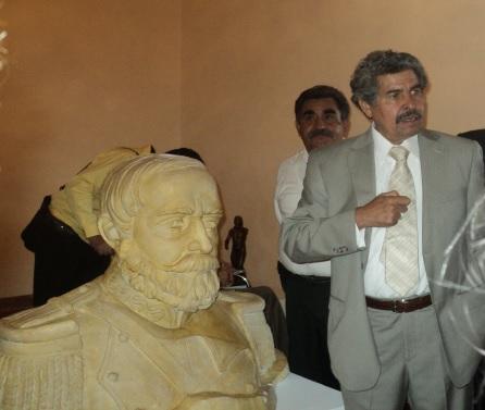 GUILLERMO SALAZAR GONZÁLEZ, ESCULTOR DURANGUENSE