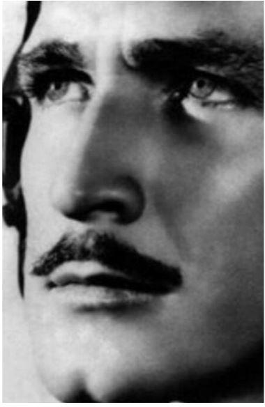 PILOTO AVIADOR Y ACTOR, MIGUEL TORRUCO CASTELLANOS (1917-1956)