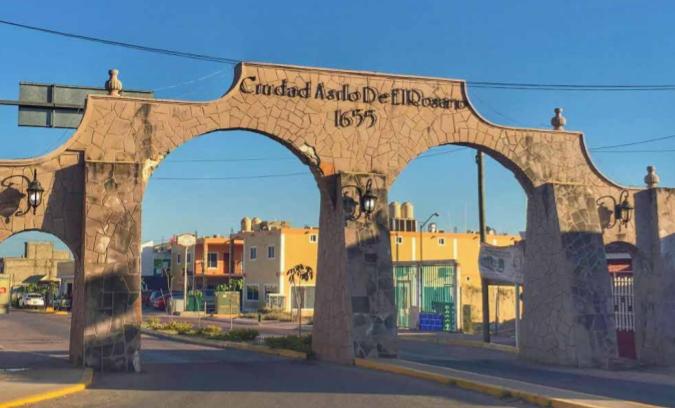 LA NOVELESCA HISTORIA DE LOS HUBBARD DE EL ROSARIO